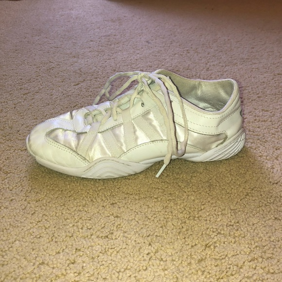 NFINITY Shoes | Nfinity Evolution Cheer